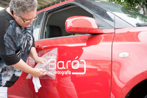 DiBaró recuerdografía, coche de empresa rojo
