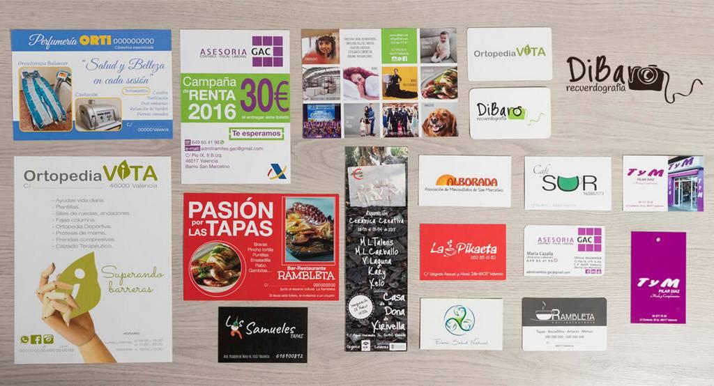 diseño gráfico de tarjetas y etiquetas