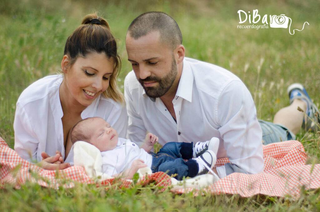 Sesión de fotos de bebe con padres